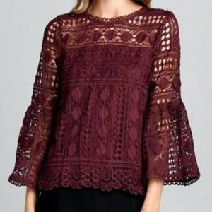 Ellison Modern Vintage Lace Bell Sleeve Top Small